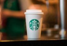 starbucks give free coffee do medical staff